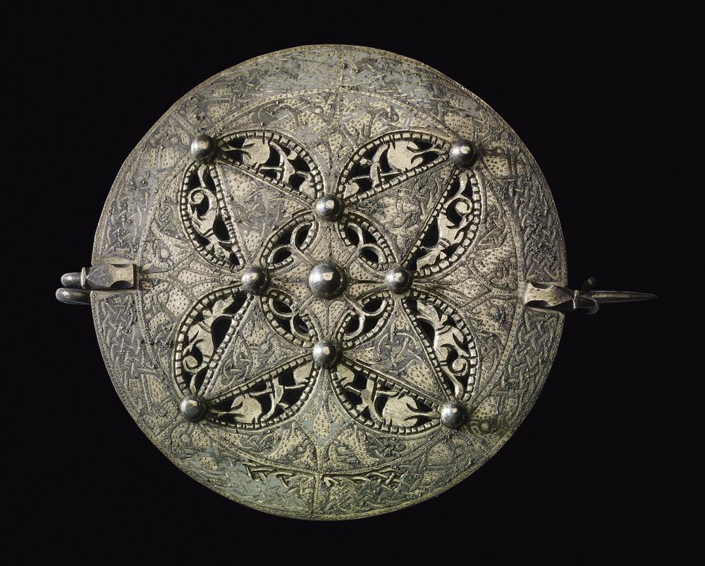 Bijou médiéval - broche disque