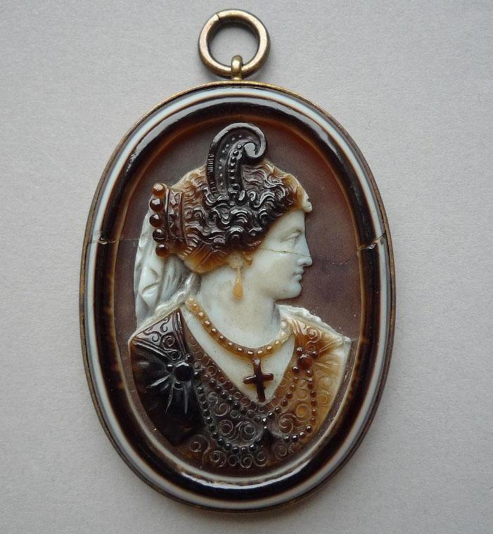 Bijou Renaissance & Epoque moderne -pendentif camée